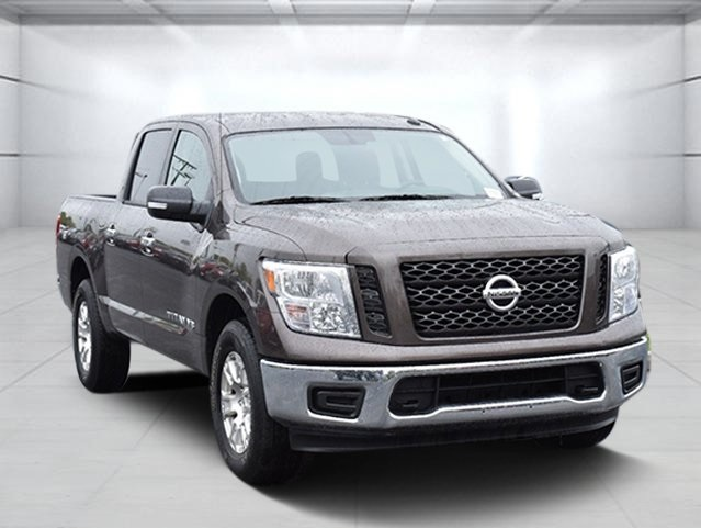 Pre-Owned 2019 Nissan Titan SV