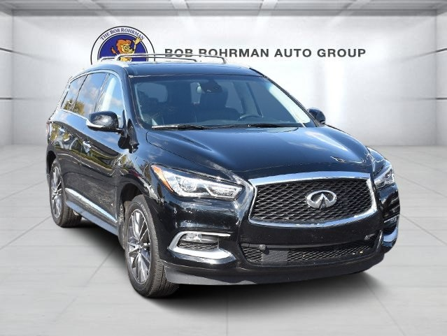 Pre-Owned 2016 INFINITI QX60 Luxe